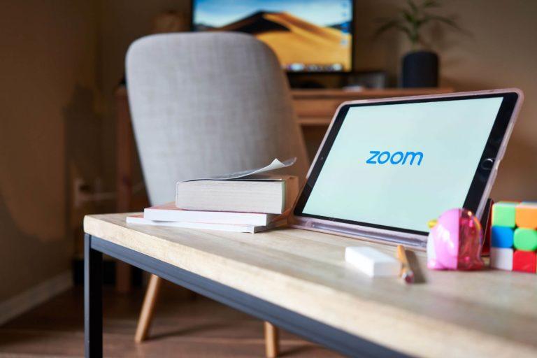 Hướng dẫn quy trình tổ chức sự kiện trực tuyến bằng phần mềm Zoom