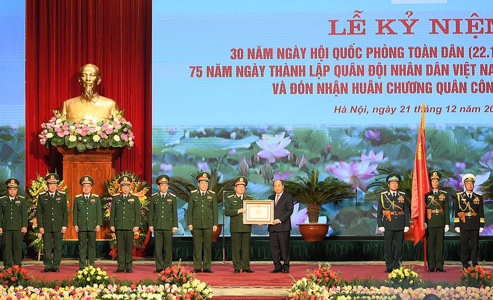 Ngày 22/12 hằng năm, nhiều hoạt động hướng đến chủ đề Quốc phòng được tổ chức