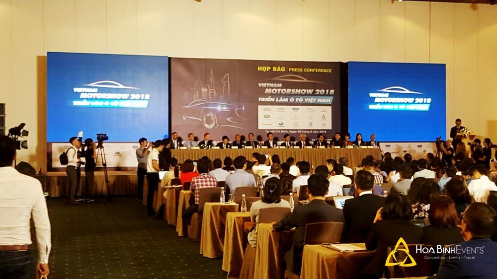 tổ chức họp báo triển lãm ô tô Việt Nam 2018