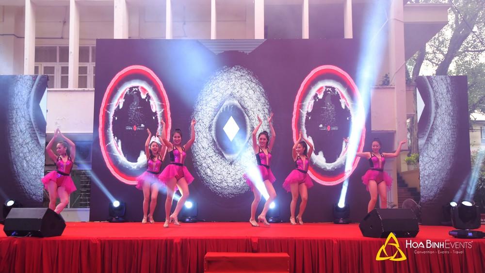 Địa chỉ cho thuê đèn sân khấu Hà Nội uy tín, chất lượng hàng đầu