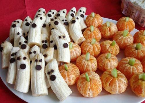Chuối và cam với phong cách tạo hình chuẩn Halloween