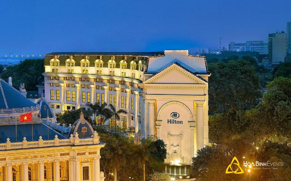 Hilton Hanoi Opera  Địa chỉ: 1 Lê Thánh Tông, Phan Chu Trinh, Quận Hoàn Kiếm, Hà Nội