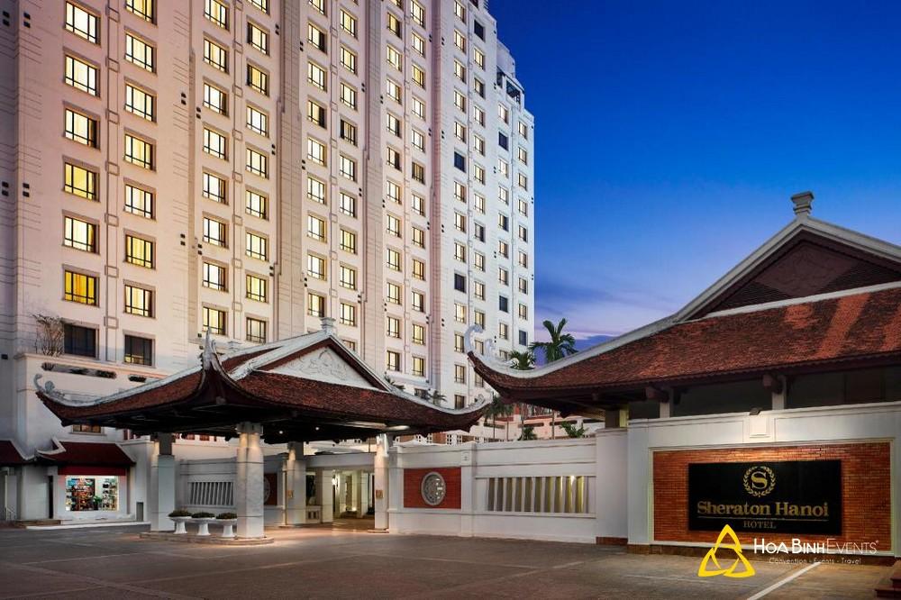 Khách sạn Sheraton Hanoi   Địa chỉ: K5 Nghi Tàm, 11 Đường Xuân Diệu, Quận Tây Hồ, Hà Nội
