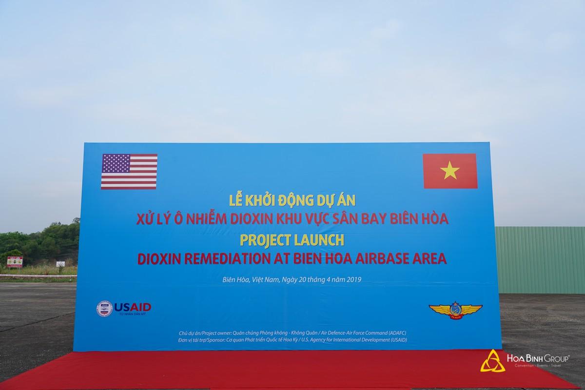 Lễ khởi công dự án xử lý ô nhiễm Dioxin khu vực sân bay Biên Hòa