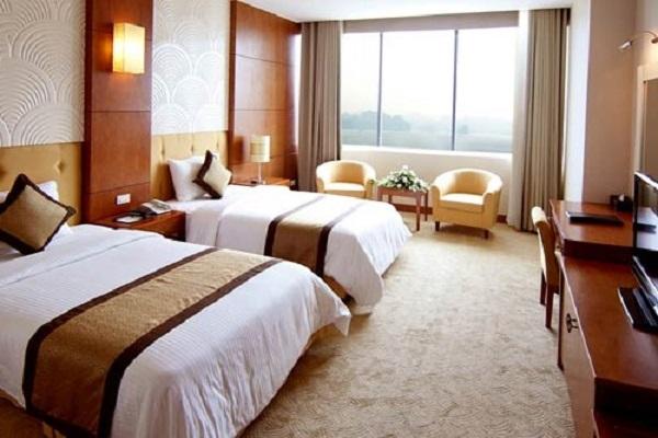 Hotline đặt phòng ngủ tại khách sạn Phố Hiến: 0913.311.911
