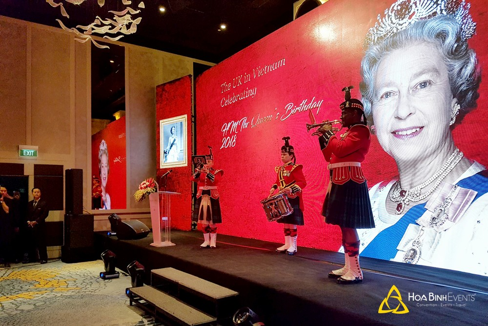 Sinh nhật 92 tuổi của Nữ hoàng Anh Elizabeth II tại TP.HCM