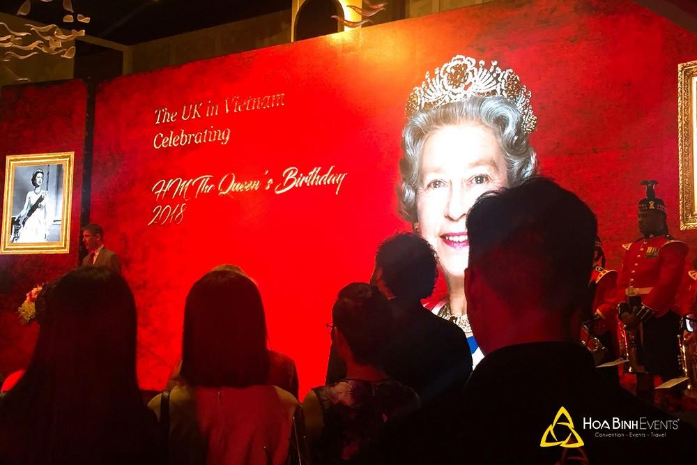 Video trước giờ diễn ra sự kiện Tiệc sinh nhật Nữ Hoàng Anh lần thứ 92 tại Hà Nội
