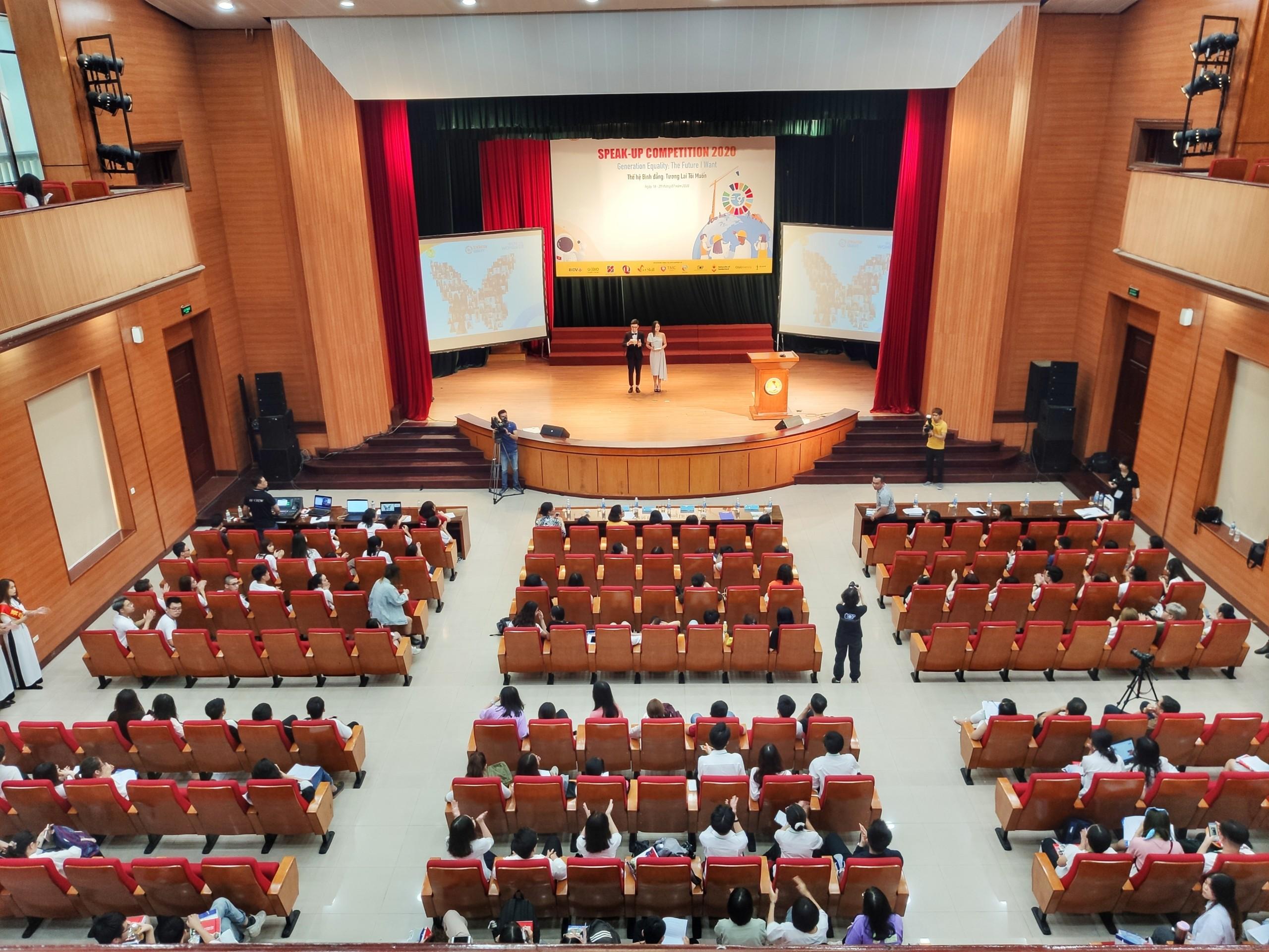 Lễ khai mạc vòng chung kết Speak Up Competition 2020
