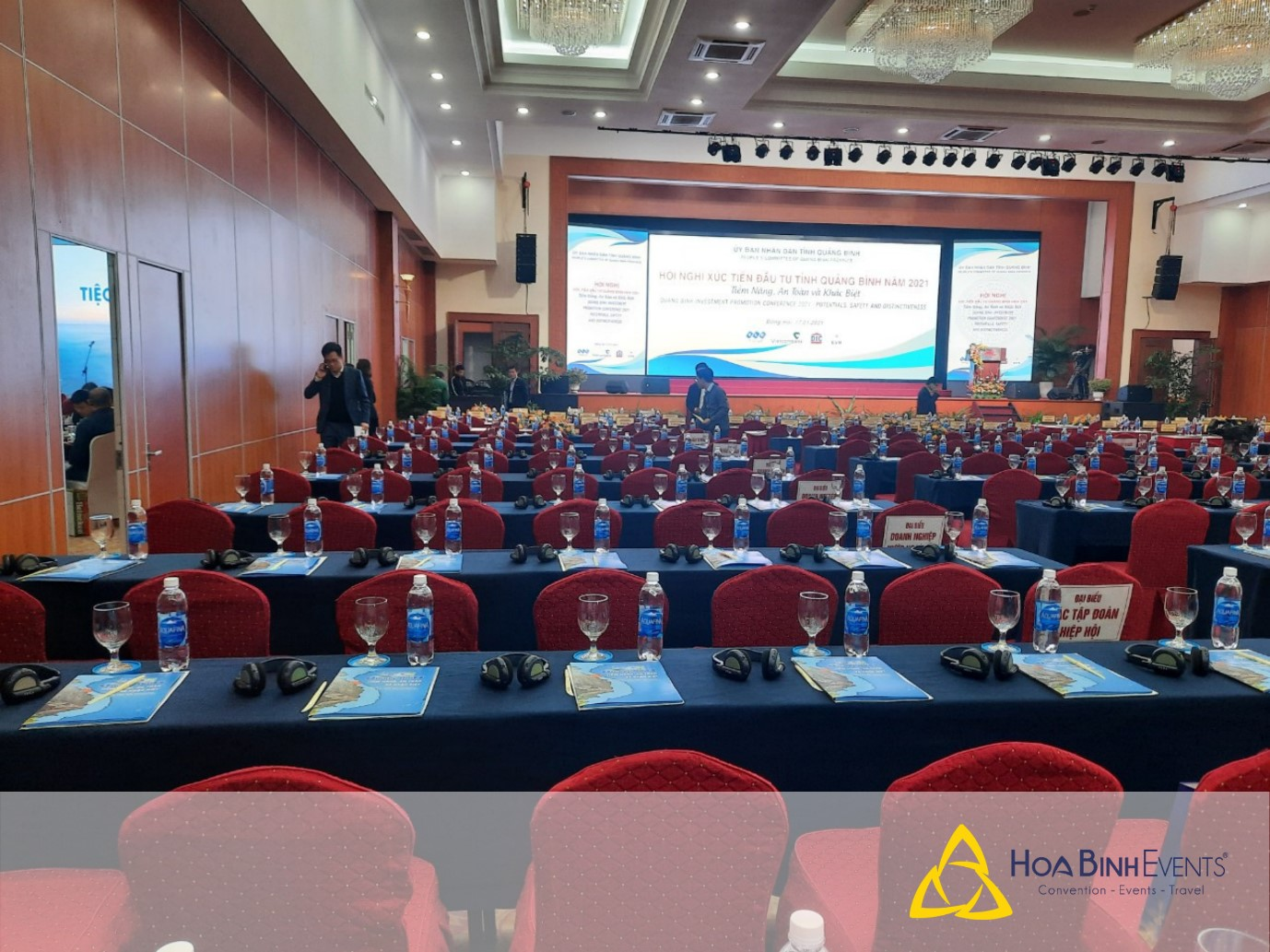 quy trình tổ chức hội nghị hội thảo thanh công