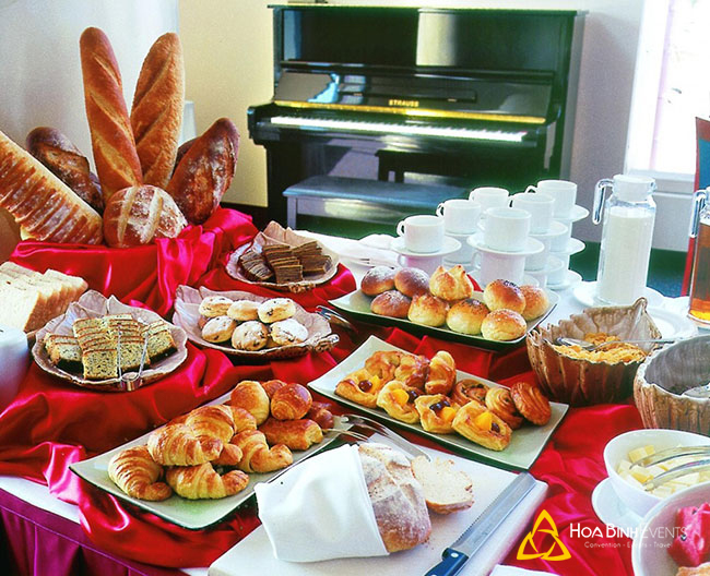 Hình ảnh tiệc tea break - 1 hạng mục trong buổi lễ