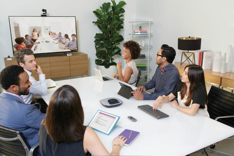 dịch vụ cho thuê thiết bị truyền hình hội nghị trực tuyến của hoabinh events