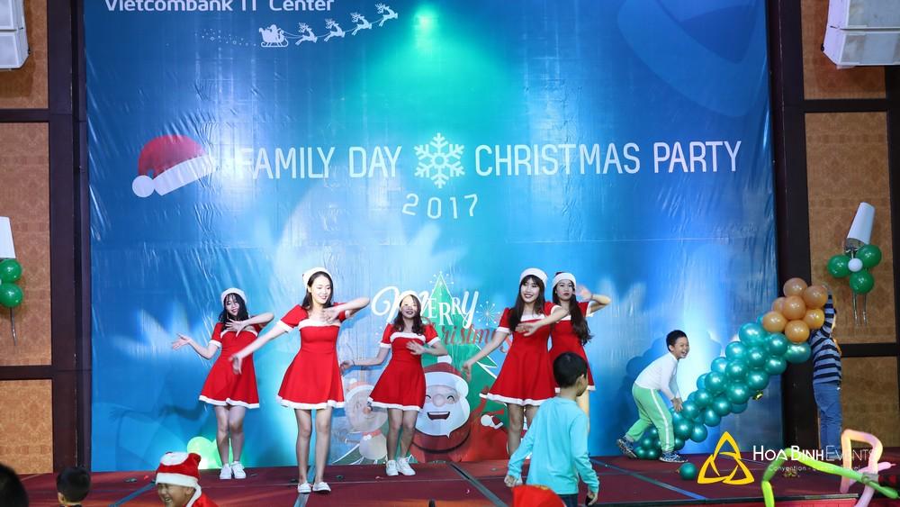 Kịch Bản Tổ Chức Tiệc Giáng Sinh Chi Tiết Và Phổ Biến Nhất Hiện Nay