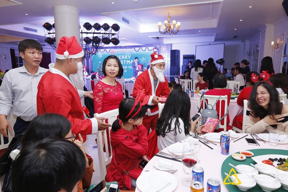 Tiệc Giáng Sinh Công Ty Đông Đô Pharmaceutical