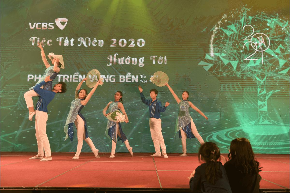 Tiệc tất niên 2020 Vietcombank