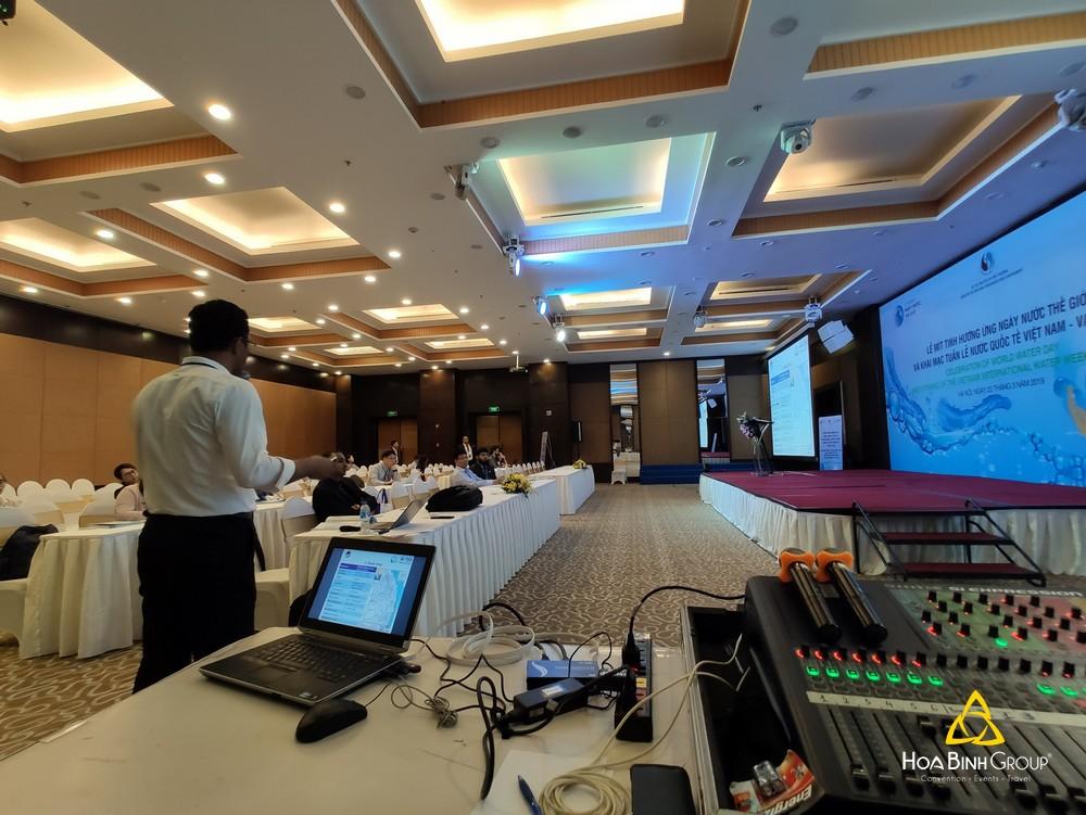 Cung cấp hệ thống âm thanh phục vụ hội thảo