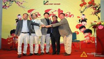 Viet Group: Tiệc tất niên đón Xuân Mậu Tuất
