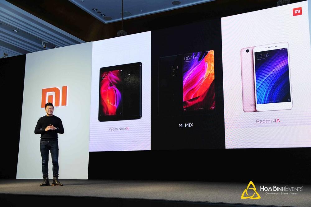 Lễ ra mắt sản phẩm điện thoại Xiaomi 2017